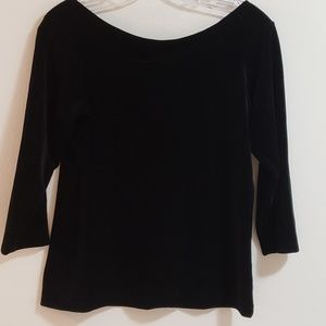 NWT Harold's Velvet Top, Black, Sz M